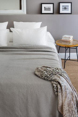 Toison d'or - Dessus de lit tissage jacquard 80% coton 20% polyester