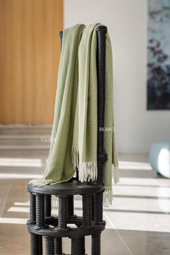 Plaid en laine mélangée