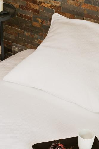 Couvre lit piqué de coton 80% coton 20% polyester, motif jacquard